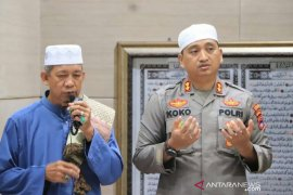 Kapolres Banjar menggaungkan Shalat Subuh berjamaah