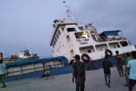 Tabrakan kapal di Pelabuhan Lewoleba, Shippo 16 tenggelam
