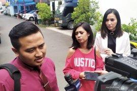 """Terkait kekerasan, Karen """"Indonesian Idol"""" diperiksa diperiksa polisi"""