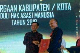 Kota Denpasar raih penghargaan Kota Peduli HAM