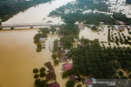 Puluhan warga korban banjir Kampar mulai terserang penyakit