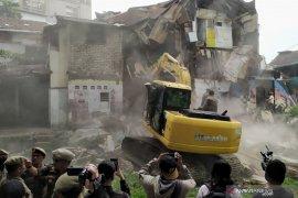 Penertiban pemukiman Tamansari Bandung menyalahi hukum, kata LBH