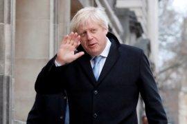 """PM Johnson kepada tim medis Inggris: """"Saya berutang budi"""""""