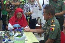 TNI ajak masyarakat di Kediri donor darah