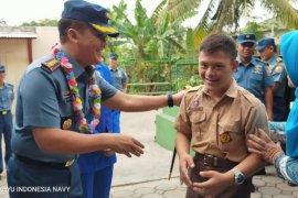 Danlanal Banten kunjungi sekolah khusus anak disabilitas di Cilegon