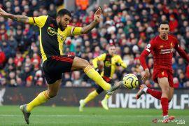 Liga Inggris - Kapten Watford abaikan cedera lutut bantu perjuangan hindari degradasi