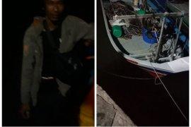 Nelayan Malaysia terombang ambing di Selat Malaka diselamatkan nelayan Langkat