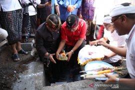 Gubernur Bali letakkan batu pertama pembangunan Pasar Sukawati