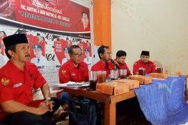 Kader PDIP diminta sosialisasikan tiga bacawali/bacawawali Surabaya 2020