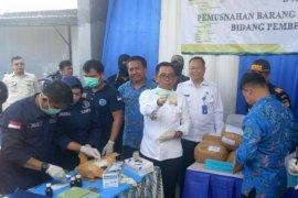 Tiga IRT diamankan bawa sabu  3,7 kg dari Malaysia