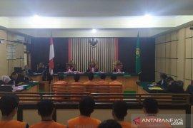 Muslim, Ketua Serikat Mandiri Batanghari dituntut  lima tahun penjara