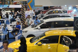 Penjualan mobil menurun, kecuali Suzuki meningkat jelang akhir tahun