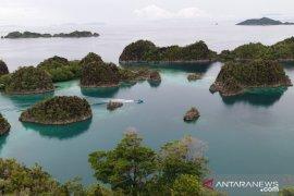Kapal Pesiar dilaporkan kandas di Perairan Raja Ampat