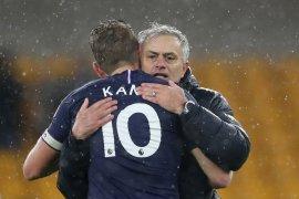 Harry Kane cedera, Mourinho  khawatir kehilangan