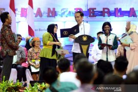 Jokowi berdialog dengan warga Kaltara