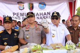 Pemusnahan barang bukti narkoba di lapangan Korpri