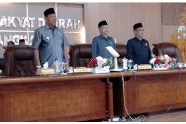 Alat kelengkapan DPRD Kabupaten Langkat disahkan