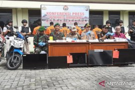 Tujuh orang tersangka tambang ilegal diamankan Polres Bangka