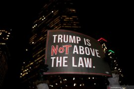 Demokrat janji yakinkan publik bahwa Trump pantas dimakzulkan