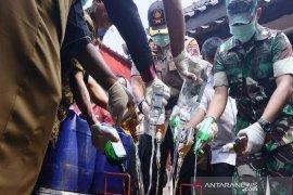 Seribuan liter minuman keras dimusnahkan polisi Surakarta