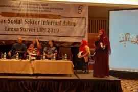 LIPI sebut 35 persen pekerja sektor informal tidak punya jaminan kesehatan