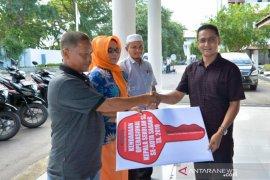 Walikota Sabang serahkan 20 unit sepeda motor untuk kepala sekolah