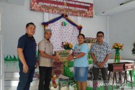 Karyawan PT Astra Daihatsu Gorontalo bagikan bingkisan Natal ke Gereja-Hamba Tuhan