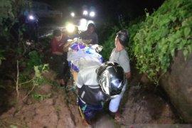 Pembersihan longsor di Sumalata-Gorontalo Utara butuh dukungan alat berat