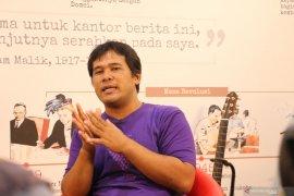 """Ifa Isfansyah hadirkan warna baru film Indonesia melalui """"Abracadabra"""""""