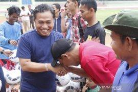 Subadri hadiri penutupan turnamen sepakbola piala Walikota Serang