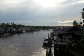 Nelayan Kurau Bangka Tengah keluhkan kondisi pendangkalan alur masuk dermaga