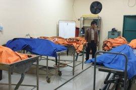Mobil terobos lintasan rel kereta di Bekasi, tujuh orang tewas dihantam Argo Parahyangan