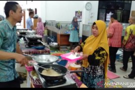 Tanah Bumbu empowers SMEs to produce fishery products
