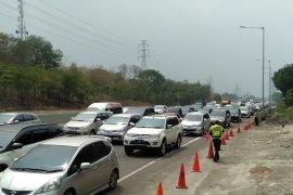 Jasa Marga catat arus lalu lintas Tol Japek tertinggi pada pagi dan sore