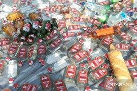 Polres Sorong musnahkan ribuan minum keras