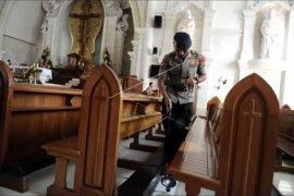 Sterilisasi gereja di Denpasar