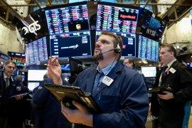 Wall Street berakhir lebih tinggi didukung data ekonomi positif
