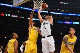 Kalahkan Trail Blazers, Lakers hentikan empat kekalahan beruntun