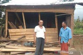 Lagi, gajah liar rusak dua rumah di Bener Meriah