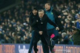 Ancelotti menangi laga debut Everton dengan tundukkan Burnley 1-0