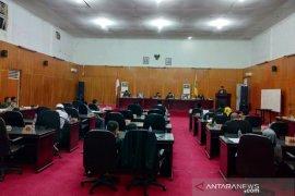 Wali Kota Padangsidimpuan sampaikan nota jawaban R-APBD 2020