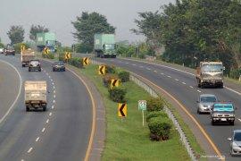 Jumlah kendaraan di Tol Tangerang-Merak naik 6,88 persen selama libur Natal