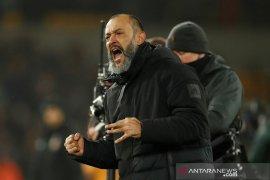 Wolves resmi perpanjang kontrak manajer Nuno Santo