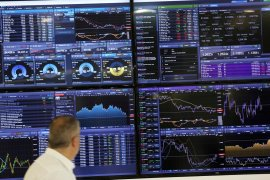 Saham Inggris jatuh dengan Indeks FTSE 100 terpuruk 3,99 persen