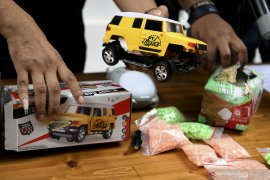 Polisi ungkap peredaran narkoba dengan modus mainan anak