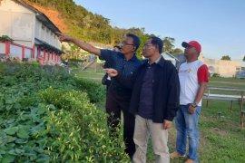 Kemenkumham Papua tinjau lokasi kaburnya enam napi LP Doyo Baru