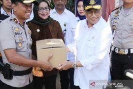 Bupati Bogor serahkan hasil kajian Jalur Puncak Dua kepada Menhub