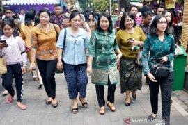"Menteri PPPA Bintang Darmawati kunjungi ""Denpasar Festival ke-12"""