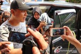 Polisi sita ponsel Medina Zein untuk dalami keterlibatan kalangan selebritas