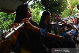 Belajar musik keroncong di Jombang